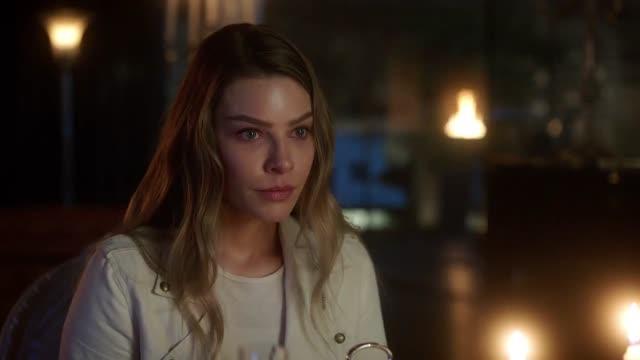 Lucifer Temporada 03 Capitulo 24 - Un diablo de palabra