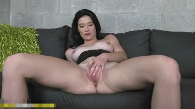 Jun Ji Hyun Having Sex On Couch