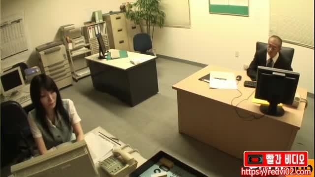 [일본야동] 내가 출근하는 이유_여직원 따먹는 재미
