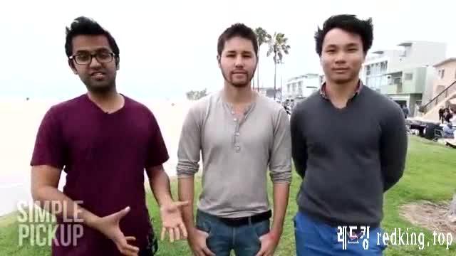 [서양야동] 해변가에서 여성용진동기 테스트하기