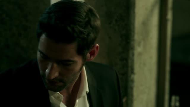 Lucifer Temporada 01 Capitulo 02 - Quieto, Lucifer. Buen diablo.