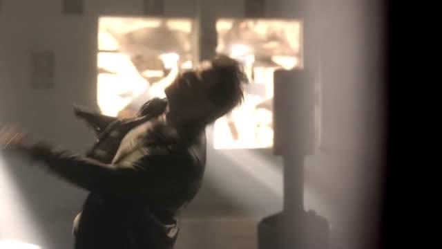 Lucifer Temporada 01 Capitulo 08 - ¿Et tu, doctor?